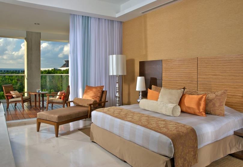 vidanta-Riviera-maya-grand-luxxe-accommodations-master-room-1