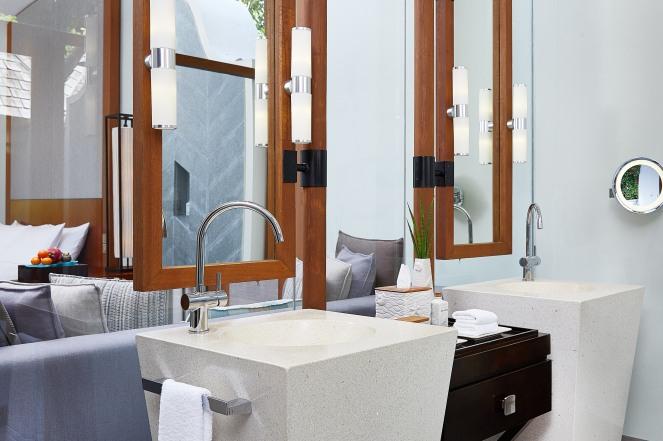 CONRAD MALDIVES RANGALI ISLAND_Villas_Beach Villa Bathroom_ credit Justin Nicholas - hi-res